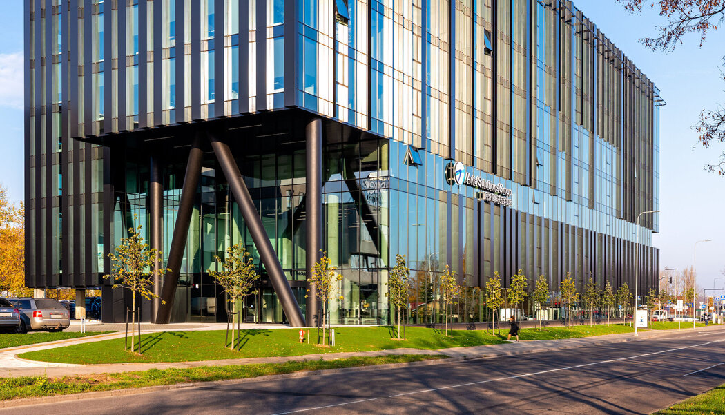 MasterLine 8 HI Windows and CW 50-HI Curtain Walls - Office building Avia Solutions Group Headquarters located in Vilnius, Lithuania
